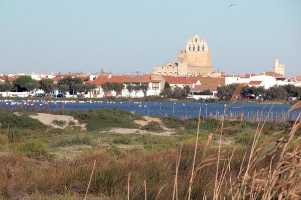 Eglise des saintes maries de la mer visites - Office du tourisme saintes marie de la mer ...