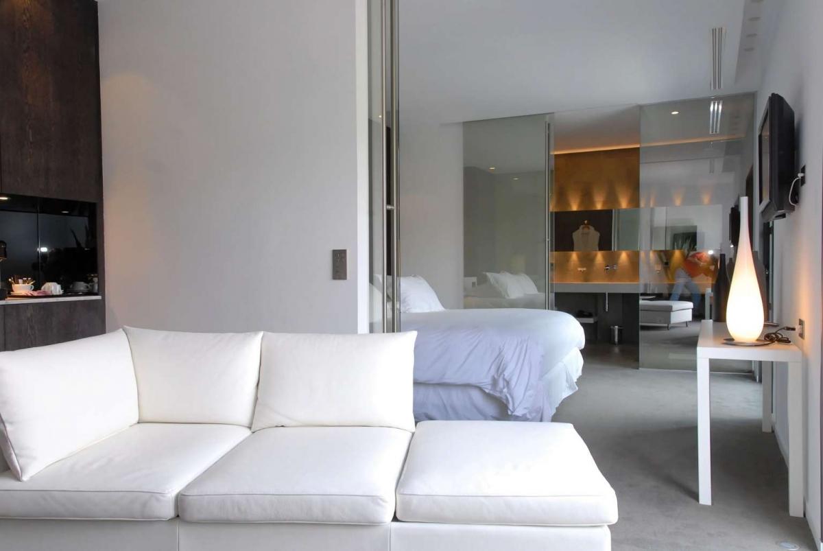 H tel b design h tel baux de provence 5 toiles for Hotel design provence