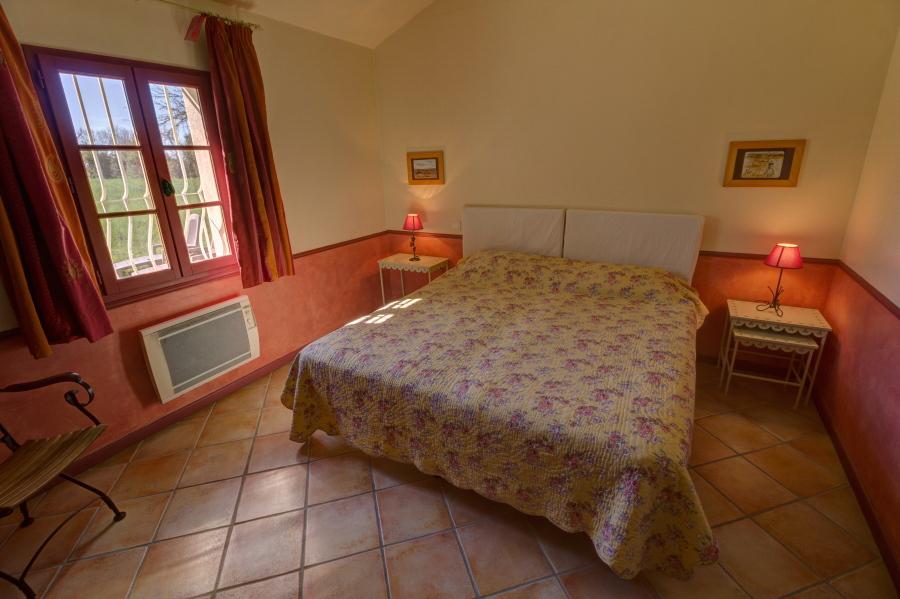 le mas saint germain g tes et chambres d 39 h tes en camargue manade en camargue. Black Bedroom Furniture Sets. Home Design Ideas